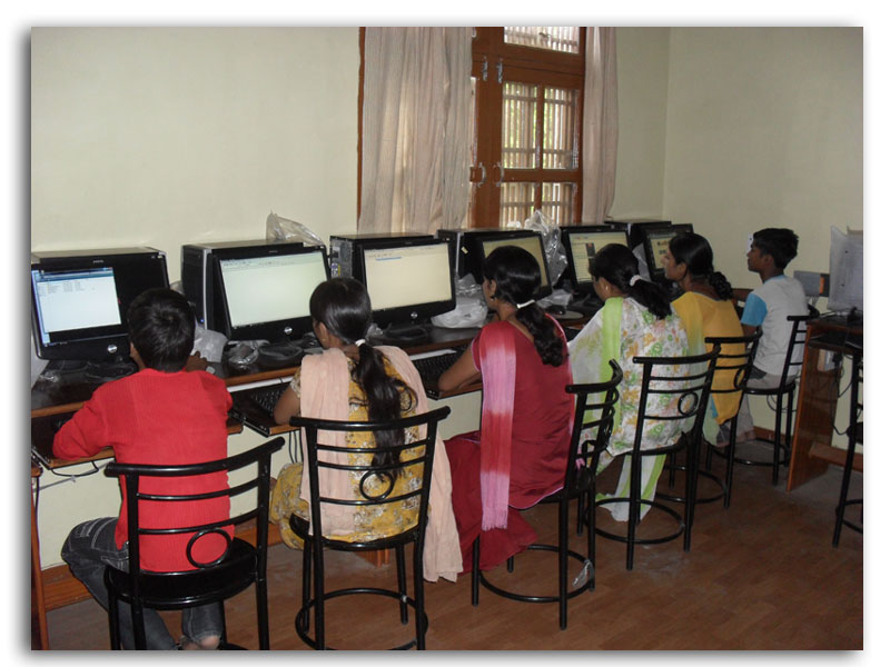 Students in E-Chopal